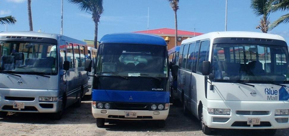 beach by bus sxm